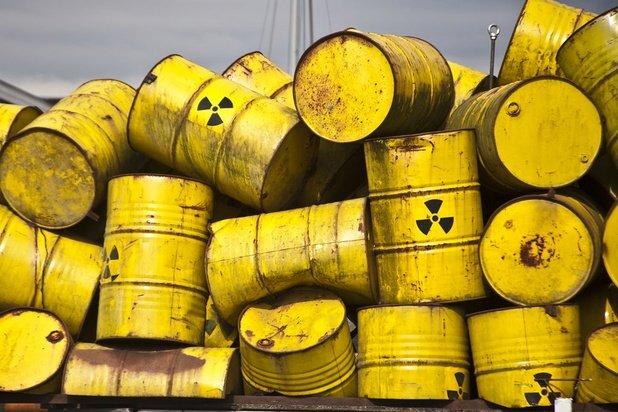 """Stockéiere vu nuklearen Offäll: De """"Faux-Pas"""" vun der Ëmweltministesch!"""