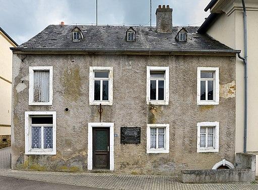 Wat geschitt mam Michel-Rodange-Haus zu Käerch?