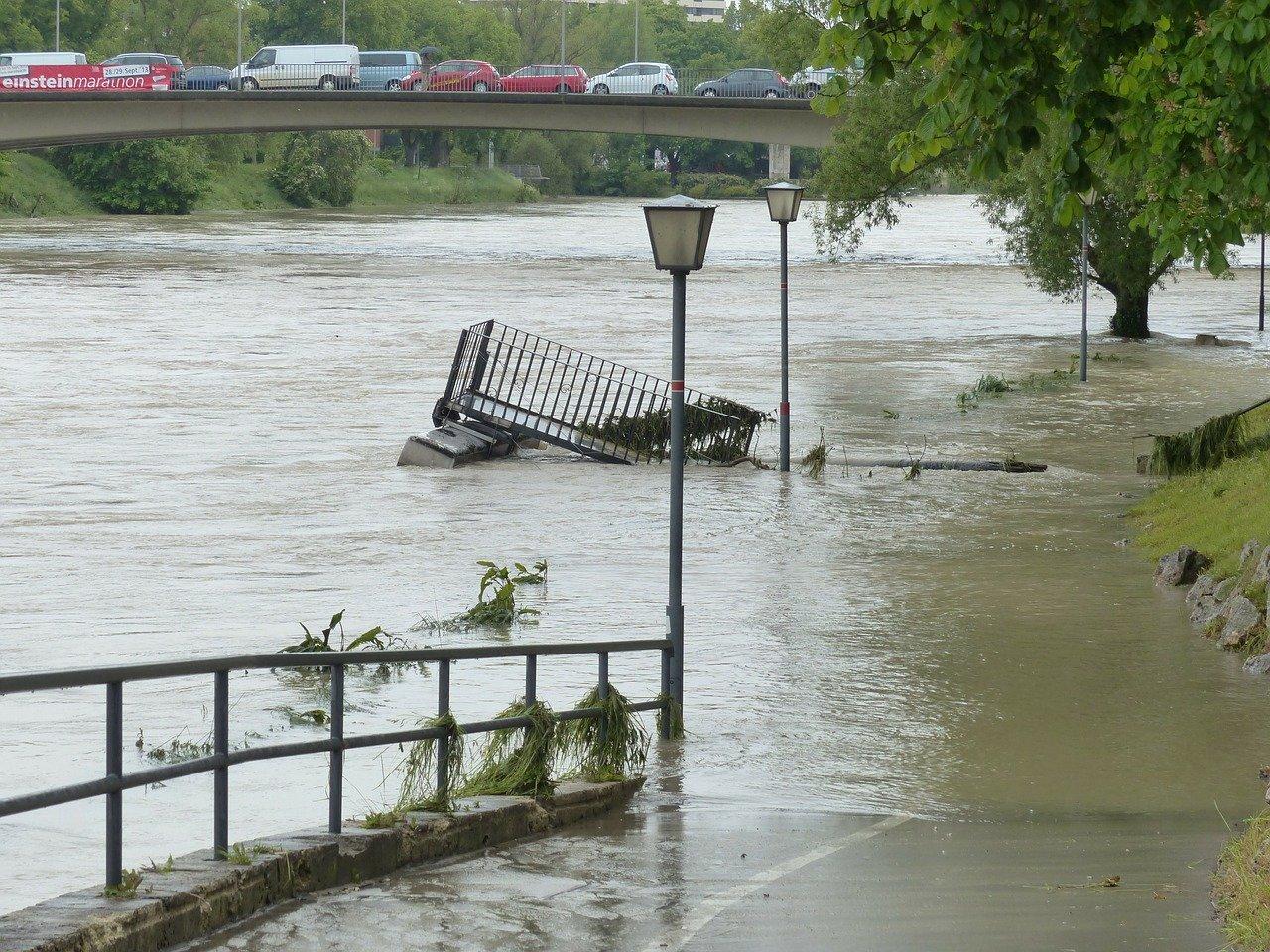 Iwwerschwemmungen: Eis Arméi war am Asaz